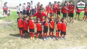 مدرسه فوتبال برای کودکان