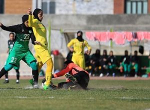 مدرسه فوتبال بانوان در غرب تهران