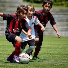 حمل توپ در فوتبال
